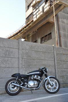 """1981 Suzuki GS1000 """"Buttocks"""" - FMW - Inazuma Cafe Racer"""