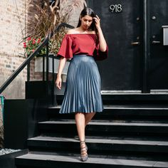 Navy High-Waisted Pleated Midi Skirt Light Wax Finish for Flawless Look Runs True to Size Model Wearing Size S