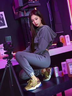 Image discovered by Princess. Find images and videos about kpop, rose and blackpink on We Heart It - the app to get lost in what you love. Blackpink Jennie, Blackpink Fashion, Korean Fashion, K Pop, Kpop Girl Groups, Kpop Girls, Korean Girl, Asian Girl, My Little Beauty