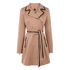 We just love the feminine details that make this Oasis trench a SS13 must-have...