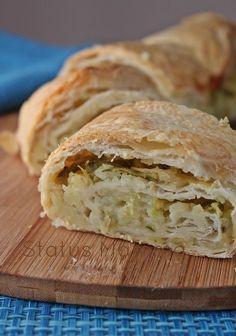 Sfoglia arrotolata con zucchine e patate :una pasta sfoglia arrotolata con un gustoso ripieno
