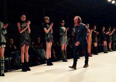 Podczas Mercedes-Benz Fashion Weekend Warsaw Szkoła Męskiego Stylu miała zaszczyt uczestniczyć w pokazie marki Custo Barcelona.