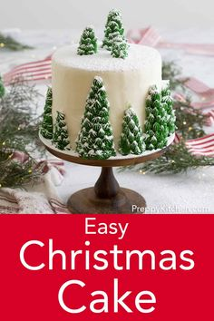 Christmas Tree Cake A delicious vanilla cake with creamy, dreamy vanilla buttercream. Topped with beautiful, edible Christmas trees, this cake is it's own winter wonderland. Christmas Tree Cake, Christmas Goodies, Christmas Desserts, Christmas Treats, Christmas Baking, Cake Decorating For Beginners, Cake Decorating Techniques, Cake Decorating Tips, Vanilla Buttercream