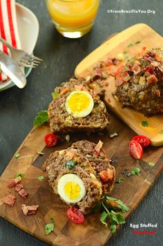 THE BEST (AND THE FASTEST) MEATLOAF EVER: Egg Stuffed Meatloaf Topped with Bacon | From Brazil to You (No mold is necessary)