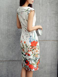 Cheap Fashion Dresse - February 02 2019 at Dress Outfits, Fashion Dresses, Floral Fashion, Dress Skirt, Bodycon Dress, Older Women Fashion, Ladies Fashion, Womens Dress Suits, Feminine Style