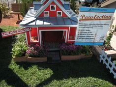 Celebs, Puppy Fashion Show, Pet Mansion Auction Hit Town Square - Friday