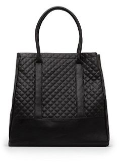 Tote bag with quilted panels on both sides, two top handles, internal zip pocket and top snap button fastening. Mango Bags, Custom Purses, Fashion Bags, Mens Fashion, Quilted Tote Bags, Designer Leather Handbags, Manga, Fashion Today, Purses And Bags