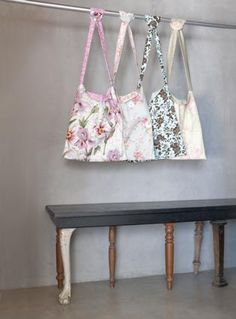 Reversible shopping bags