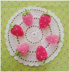 Crochet Strawberry FREE Pattern