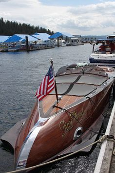 The other weekend on the docks   Coeur d'Alene's boardwalk.  Beautiful wood boats, old classics  and new classics.   A Stancraft  build.  ...