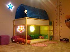 Hacer una habitación Montessori con la cama Kura de Ikea.
