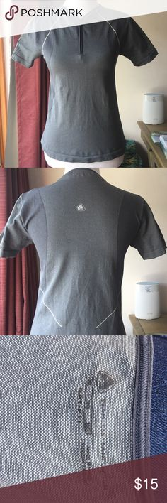 Drifit Nike top Excellent used condition with no defects.  Great for the outdoors. Nike Tops Tees - Short Sleeve