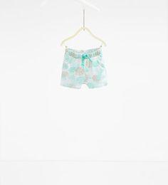 изображение 1 из Шорты с растительным принтом от Zara