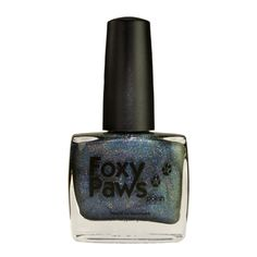 11 ml / 0.4 oz Dark Corners For Doing Dark Deeds is part of the Christmas 2014 collection, which is inspired by one of my favourite Christmas movies, Love Actually. It's a very dark toned blu…