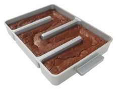 how clever!!   Endless Edges Brownie Pan  No more fights need to occur over who gets the delicious corner brownies thanks to this endless edge brownie pan. Now every brownie piece in this brownie pan has a delicious crust.