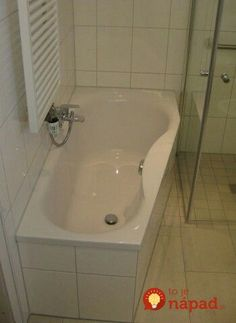 Všetci mi radili ocot, ale zobralo až toto: Zázrak na počkanie zlikvidoval špinu a pleseň v 20-ročnej kúpeľni za pár hodín! Outside Room, Frugal Living, Corner Bathtub, Cleaning Hacks, Bathroom, Composting, Home Decor, Quotes, Architecture
