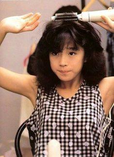 letmebeyouridol: Nakamori Akina getting ready for a show. Japanese Fashion, Japanese Girl, Cute Girls, Cool Girl, Blue Lantern, Japan Woman, Figure Poses, Cute Hairstyles, Asian Beauty