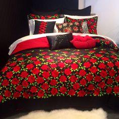 betsey johnson garden variety comforter set. @xobetseyjohnson