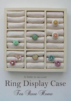 DIY Ring Display Case Tutorial : spray paint + fabric + batting + wooden drawer organizer (found at the dollar store). so easy! Diy Rings Storage, Jewellery Storage, Jewelry Organization, Jewellery Display, Diy Jewellery, Storage Ideas, Earring Storage, Diy Storage, Earring Display