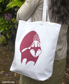 Lovely tote-bag designs from liagriffith.com - come as svg files, so suitable for Cricut or Silhouette.