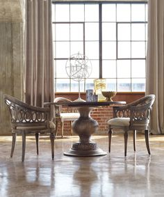Melange dining room collection from Hooker Furniture / http://www.interiors-furniture.com/