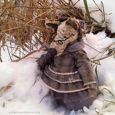 8 Artist teddy bear friend grandmother WOLF village