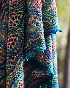 Ravelry: Gardens of Giverny Shawl pattern by Alina Appasova Knitted Shawls, Crochet Scarves, Crochet Shawl, Knit Crochet, Lace Knitting Patterns, Shawl Patterns, Hand Knitting, Knitting Projects, Crochet Projects