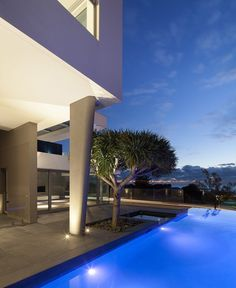 Rooftop Infinity Pool Overlooks The Brazilian Rainforest From Studio - Minecraft hauser mit pool