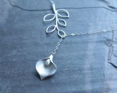 calla lily necklace $22.00.... want!!!!!!!!!