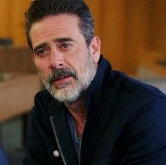 Jeffrey dean morgan                                                       …