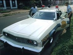 Washington D. Old Police Cars, Ford Police, Emergency Vehicles, Police Vehicles, Ford Vehicles, Car Badges, Ford Torino, Ford Lincoln Mercury, Car Ford