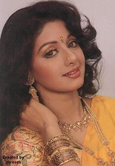 Tamil,Telugu and Hindi actress SriDevi in a glamorous shot. In her earlier Tamil films, she was the innocent and simple girl next door. She still looks young and very pretty even after acting in so many films for many years. Vintage Bollywood, Indian Bollywood, Bollywood Stars, Beautiful Bollywood Actress, Most Beautiful Indian Actress, Hindi Actress, Hollywood, Beauty Full Girl, Beauty Bay