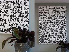 D I Y ~ Basteln ~ Ideen Make your own song lyric art on a large canvas. Teek: the song lyrics art is Song Lyrics Art, Lyric Art, Diy Wall Art, Diy Art, Wall Decor, Lyrics On Canvas, St Just, Decoration Ikea, Tips & Tricks