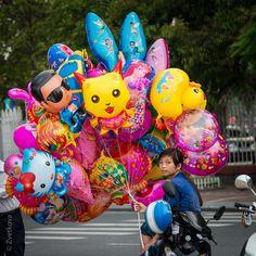 balloons seller.