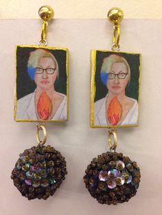 D earrings