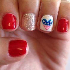 July 4 nail art design