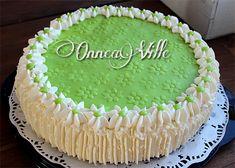 Sopivasti ihana: Täytekakut Cake, Desserts, Food, Tailgate Desserts, Deserts, Food Cakes, Eten, Cakes, Postres