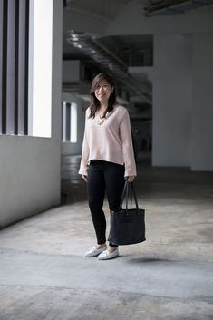 SHENTONISTA: Quick Quips. Wyntrice, Marketing Communications. Top & Pants from ZARA, Bag from Ober Tashe, Shoes from Pazzion. #shentonista #theuniform #singapore #fashion #streetystyle #style #ootd #sgootd #ootdsg #wiwt #popular #people #male #female #womenswear #menswear #sgstyle #cbd #ZARA #OberTashe #Pazzion
