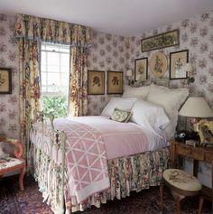 Pretty English Cottage By B.Speert Blaue Schlafzimmer, Badezimmer,  Wohnzimmer, Romantisches Landhaus