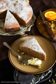 Flourless torta di noci - I thought noci were just walnuts? Would like this with all hazelnuts!