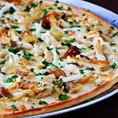 Roasted Garlic Chicken Pizza - so simple!!