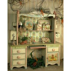Give your little one a cozy nook to do their artwork or schoolwork with this The handpainted designs offer lots of charm. Home Deco Furniture, Girls Furniture, Repurposed Furniture, Painted Furniture, Fairytale Bedroom, French Nursery, English Cottage Style, Cozy Nook, Bohemian Interior