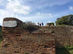 Can you spot Floris, Dominic & Quinten exploring Ostia?