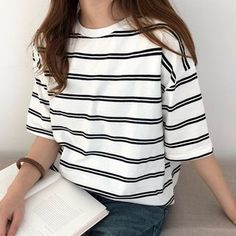31 Rustic Womens Strip Outfits Ideas For Any Occasion Source by clothes ideas Retro Outfits, Korean Outfits, Outfits For Teens, Vintage Outfits, Cool Outfits, Casual Outfits, Fashion Outfits, Outfits With Striped Shirts, Striped Shorts