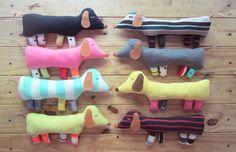 Muñecos de tela realizados con descartes textiles/ dolls made of textile discards