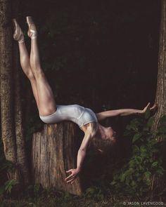 Beautiful aspiring ballerina Hannah S captured by Jason Lavengood 💞 Click fo. Dance Picture Poses, Dance Poses, Dance Pictures, Dance Photo Shoot, Modern Dance Photography, Ballet Dance Photography, Sport Photography, Dance Hip Hop, Dance Aesthetic