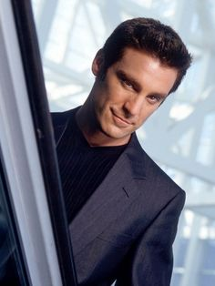 The Pretender Michael T. Weiss. I used to watch this show all the time with @Leah Armstrong Billie !!