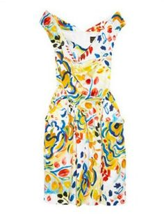 Be exotic with Vivienne Westwood Anglomania Marghi printed cotton dress Chic Summer Style, Vivienne Westwood Anglomania, Fashion Fabric, Fashion Textiles, Online Gratis, Look At You, Mellow Yellow, Look Chic, Cute Fashion