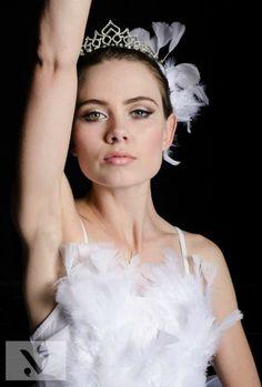 Black+Swan+Eye+Makeup+Tutorial | Tutorial: White Swan Makeup