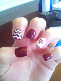 Football Aggie nail designs Texas A&M nails Gig 'Em nails